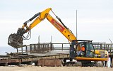 NTSG20 Selector grapple performs jetty demolition duties